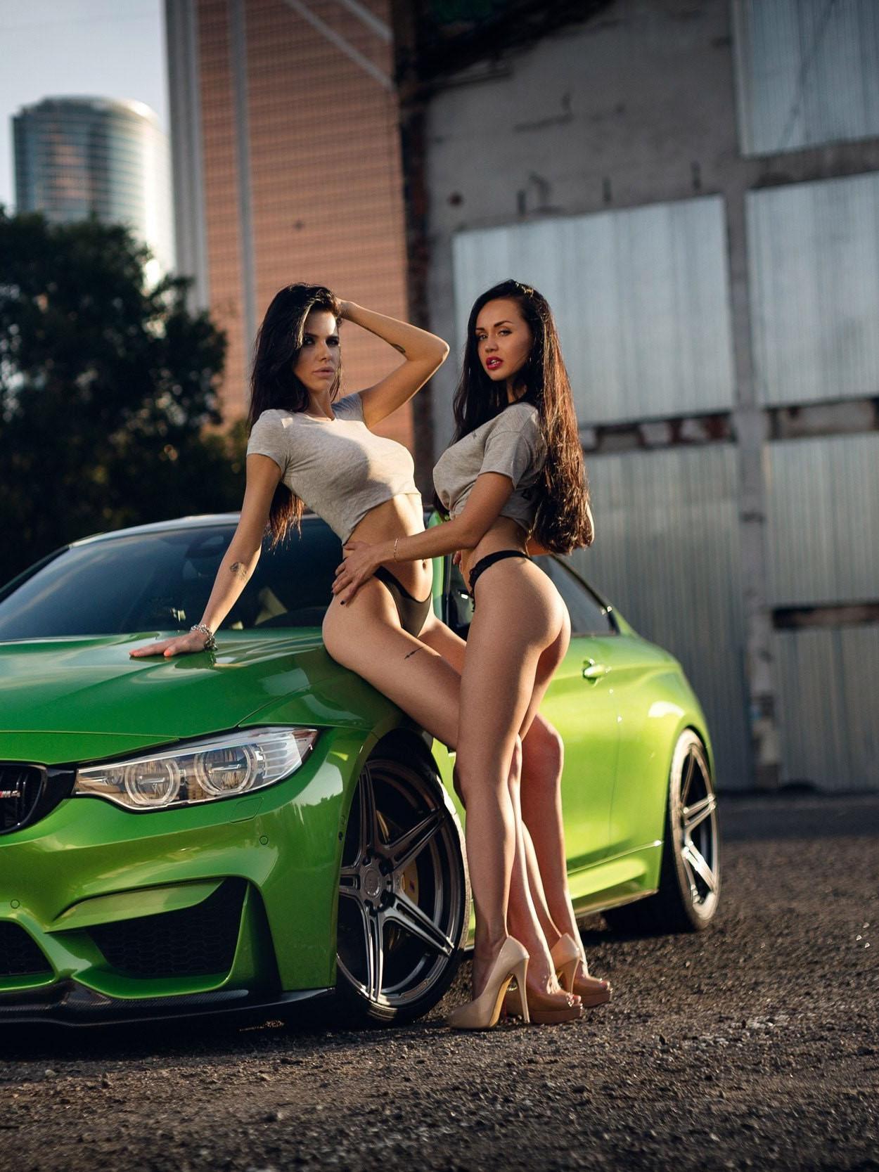 Скачать Обои Девушки Авто