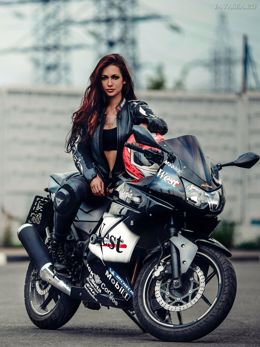 Картинки красивые девчонки на мотоциклах, открытка парню